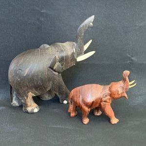 """2 Hand Carved Wooden small African Elephants 4""""-2"""""""